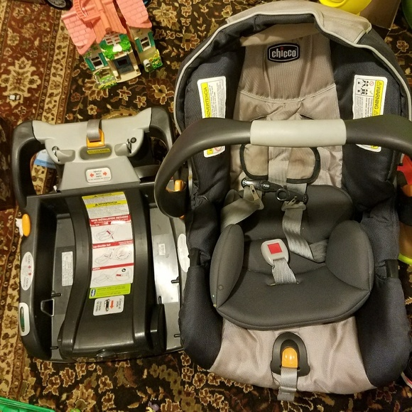 chicco Other | Baby Gently Used Car Seat Discounted Price | Poshmark